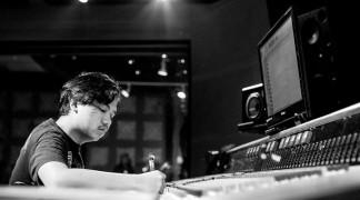 Wisnu Ikhsantama: Record Producer dan Mixing Engineer untuk .Feast, Hindia, dan Barasuara